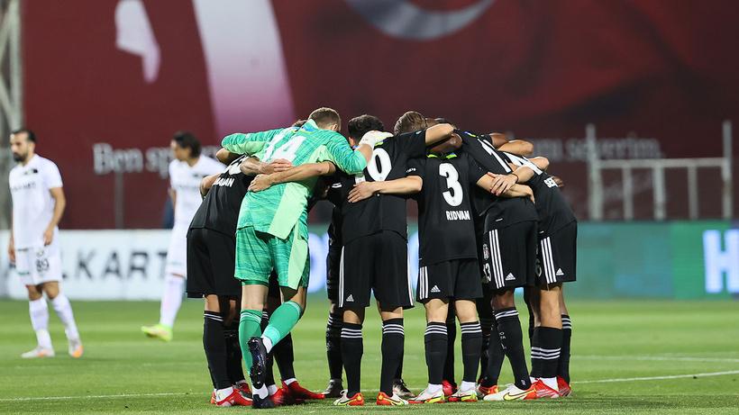 Ajax maçı öncesi Beşiktaş'ta son durum