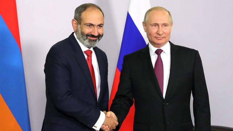 Paşinyan Rusya'da Putin'le görüşecek