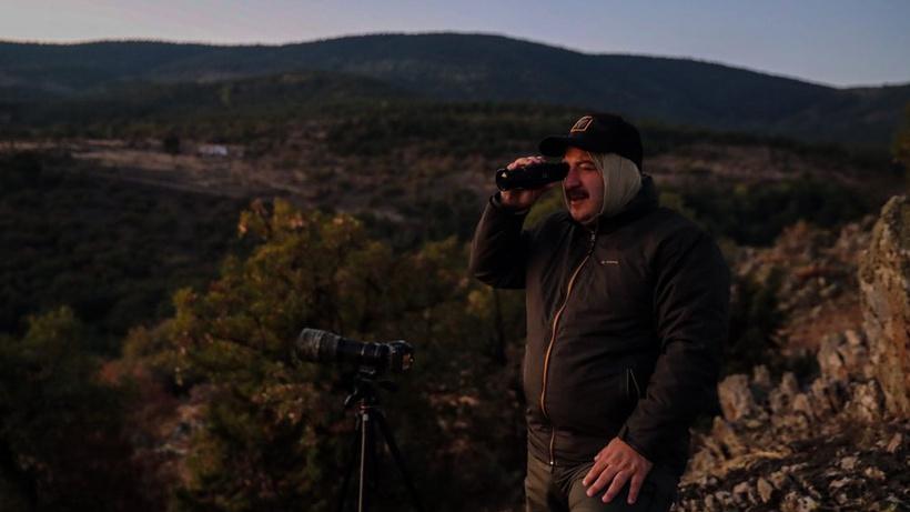 Bakan Varank kızıl geyiklerin peşinde bir gün geçirdi