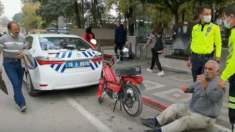 Bursa'da plakasız motosikletle yakalanan sürücü aldığı cezayı duyunca yere yığıldı