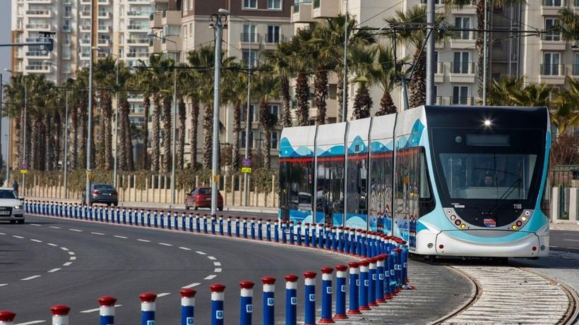 İzmir'de metro ve tramvay çalışanlarından grev kararı