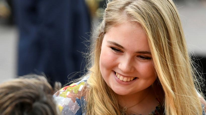 Hollanda hükümet onay verdi: Prenses Amalia bir kadınla evlenebilir!