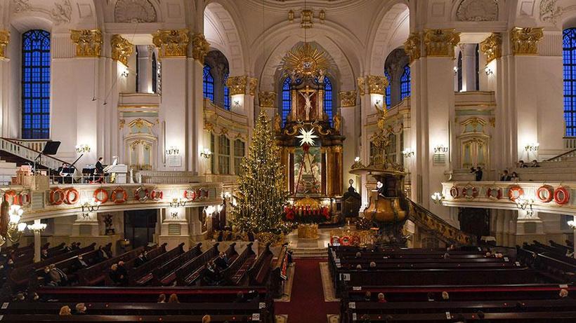 Alman Katolik Kilisesinin çocuk istismarı iddialarıyla ilgili gazetecilerden talebi tepki çekti