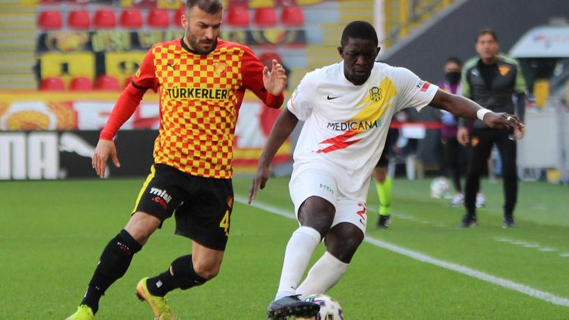 İzmir'de 4 gollü maç