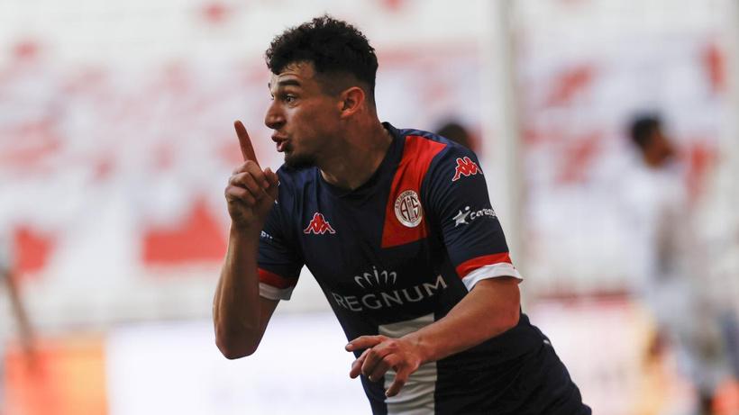 Antalyaspor, galibiyet hasretini Erzurumspor karşısında dindirdi
