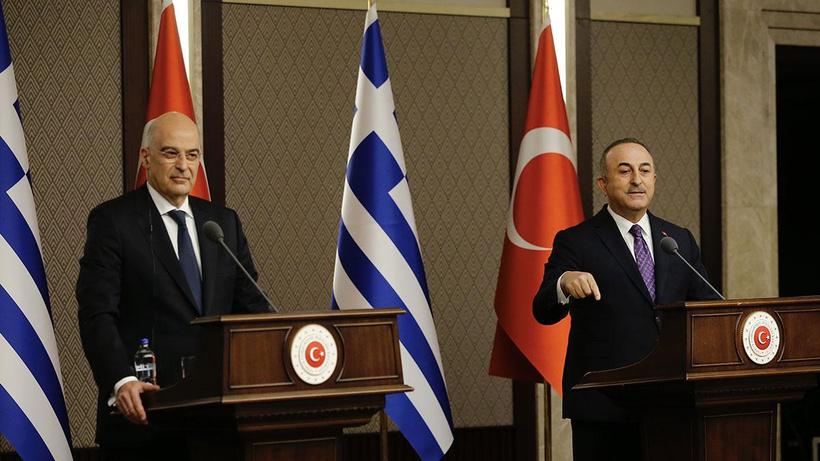 Çavuşoğlu ile Yunan mevkidaşı Dendias'ın gergin görüşmesi Yunan basınında!