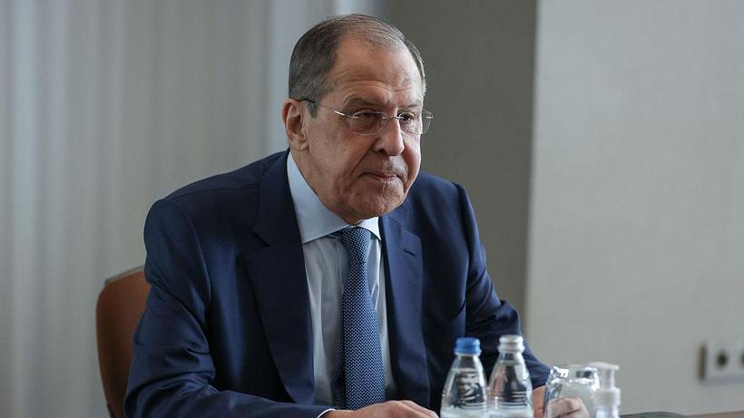 Rusya Dışişleri Bakanı Lavrov: Türkiye Ukrayna'nın militarist duygularını beslemeyi bırakmalı