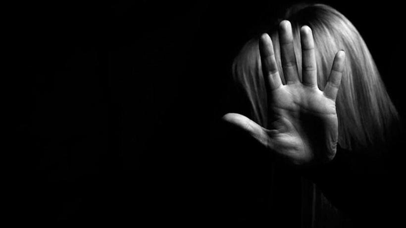 İzmit'te iğrenç olay! Kızının çıplak fotoğraflarını çektiği iddia edilen baba beraat etti