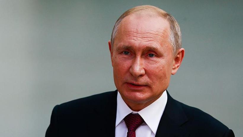 Putin: Kız ve erkek çocuklar birlikte eğitim görmeli