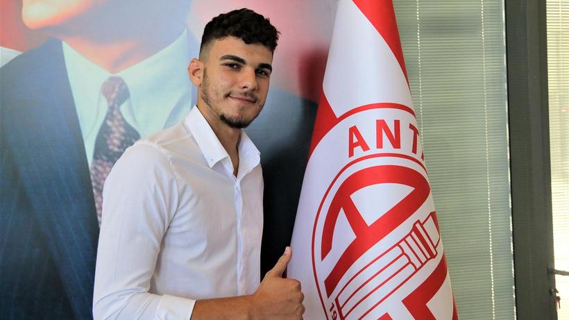 Antalyaspor'dan 10 transfer birden!