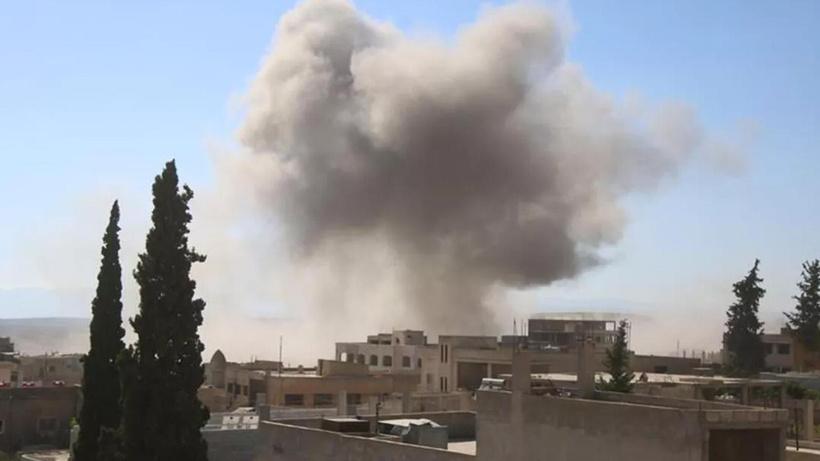 Rus savaş uçaklarından İdlib'e art arda hava saldırıları