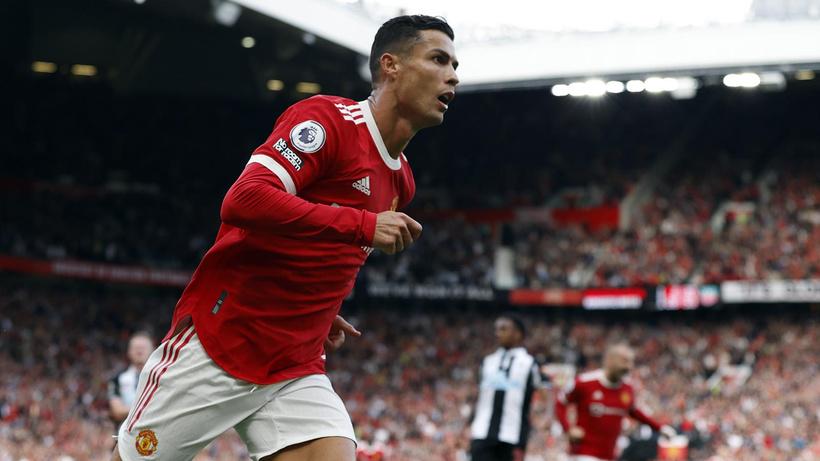 Cristiano Ronaldo 2 golle döndü, Manchester United kazandı