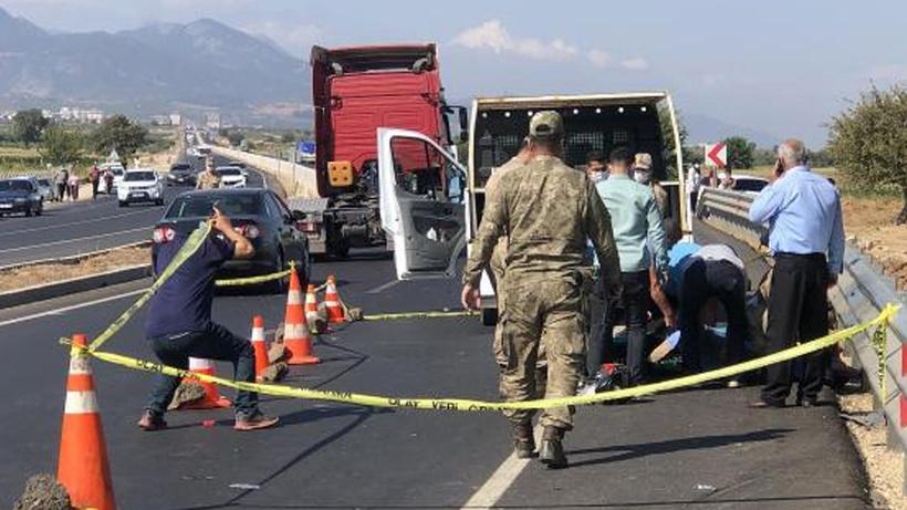 Hatay'da uzman çavuş motosiklet kazasında hayatını kaybetti