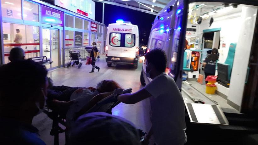 Epilepsi geçiren sürücü kaza yaptı: 1'i çocuk 4 yaralı