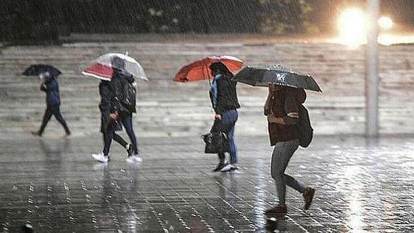 Evden çıkacaklar dikkat! Meteoroloji'den şiddetli yağış ve sel uyarısı