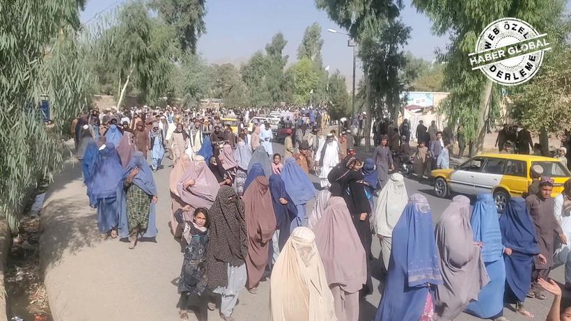 Afganistan'ın en kritik günleri: Bir milyon çocuk...