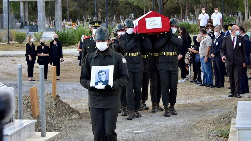 Rumların işkence ederek ölümüne neden olduğu Gürsoy'un naaşı 57 yıl sonra KKTC'de