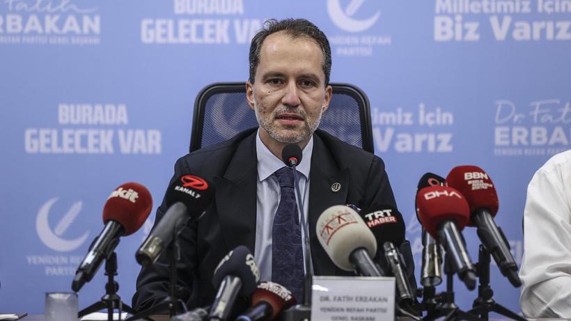 Yeniden Refah Partisi Genel Başkanı Erbakan'dan Kovid-19 aşılarına ilişkin açıklama