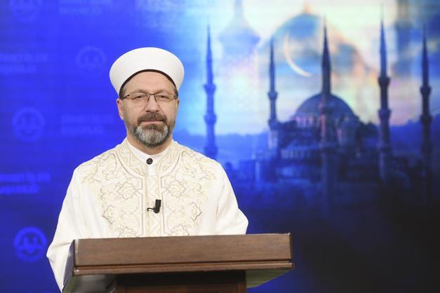 Ramazan'da teravih namazı kılınacak mı? Ramazan'da camiler açık olacak mı? Diyanet  İşleri Başkanı Erbaş cevapladı