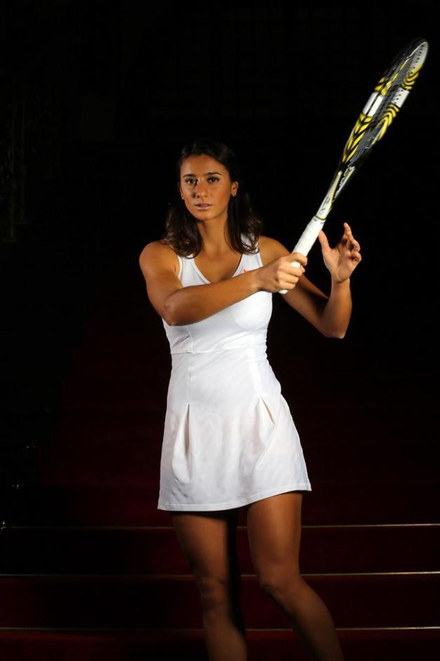 Melis Sezer (Milli tenisçi)