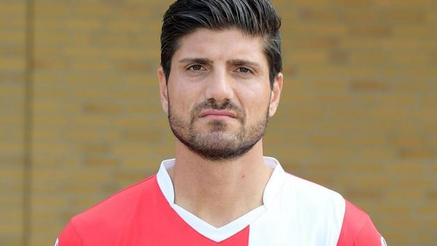 Barış Özbek (Futbolcu)