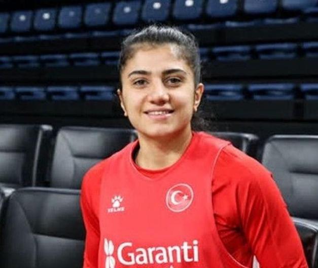 Merve Aydın (Milli Basketbolcu)