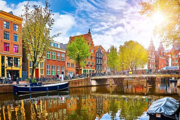 6- HOLLANDA