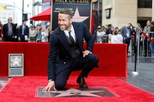 19. Ryan Reynolds ve Six Underground