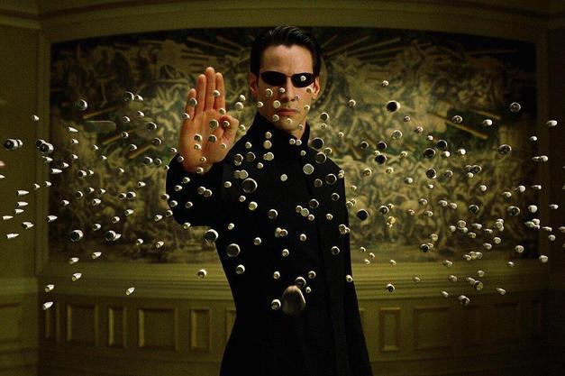 2. Keanu Reeves ve The Matrix