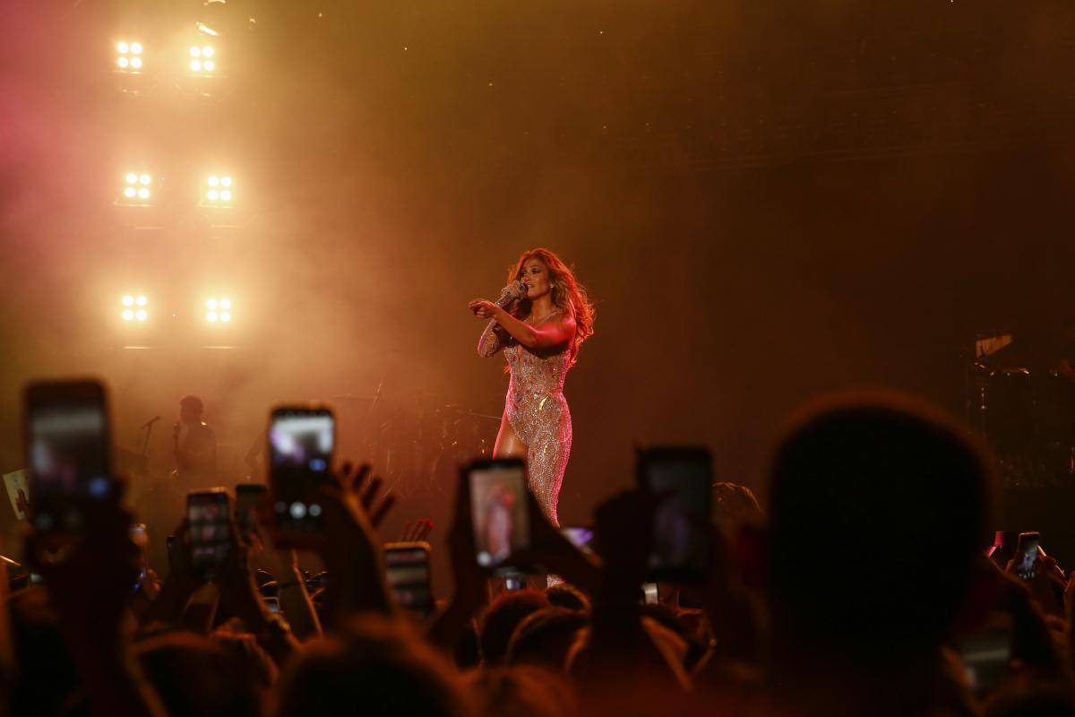 Jennifer Lopez Antalya'dan rüzgar gibi geçti! - Resim: 1