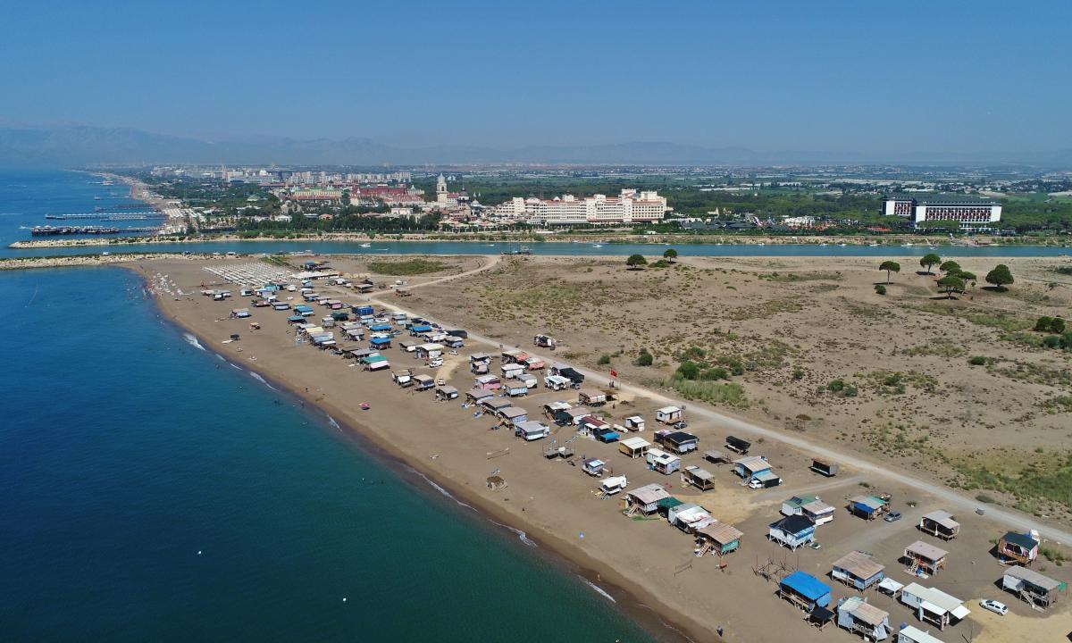 Yer: Antalya... Denize sıfır bedava tatil! - Resim: 1