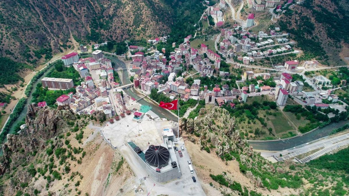 240 metrelik Torul cam seyir terası ziyaretçi akınına uğradı - Resim: 2