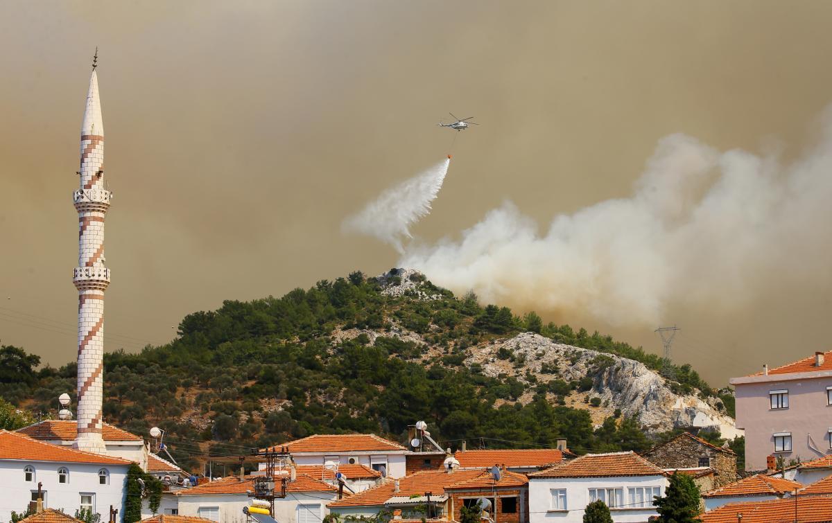 Karabağlar'daki yangın Menderes ve Seferihisar'a sıçradı - Resim: 1
