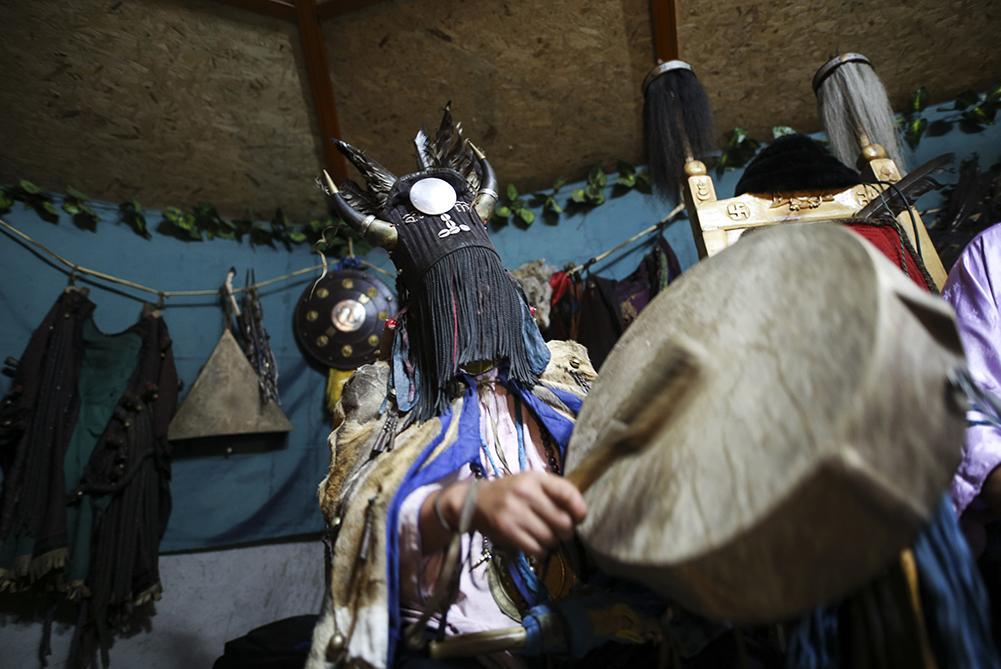 Moğol Şamanları'nın asırlık gelenekleri dikkat çekiyor - Resim: 1