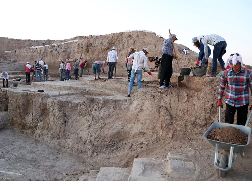 Suriye sınırındaki höyükte kazılar yeniden başladı - Resim: 1