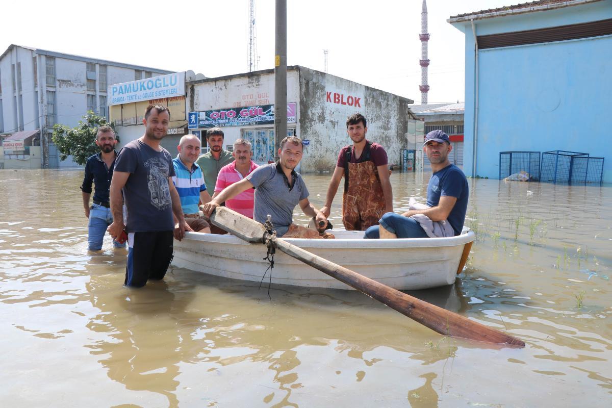 Venedik değil Samsun! Şehir içinde kayıkla ulaşım sağlıyorlar - Resim: 1