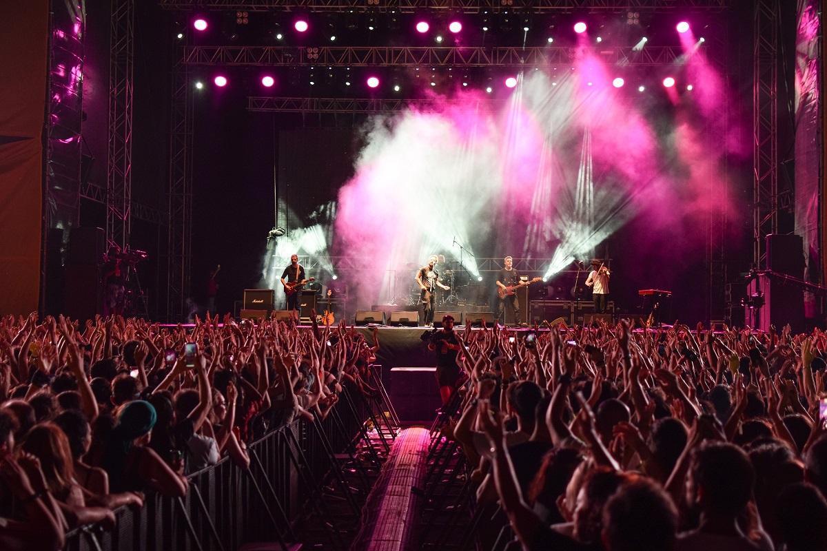 Zeytinli Rock Festivali'nde 2. gün coşkusu - Resim: 1