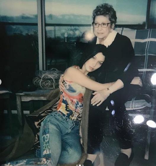 Bella Hadid ve Gidi Haddid kardeşlerin acı kaybı - Resim: 1