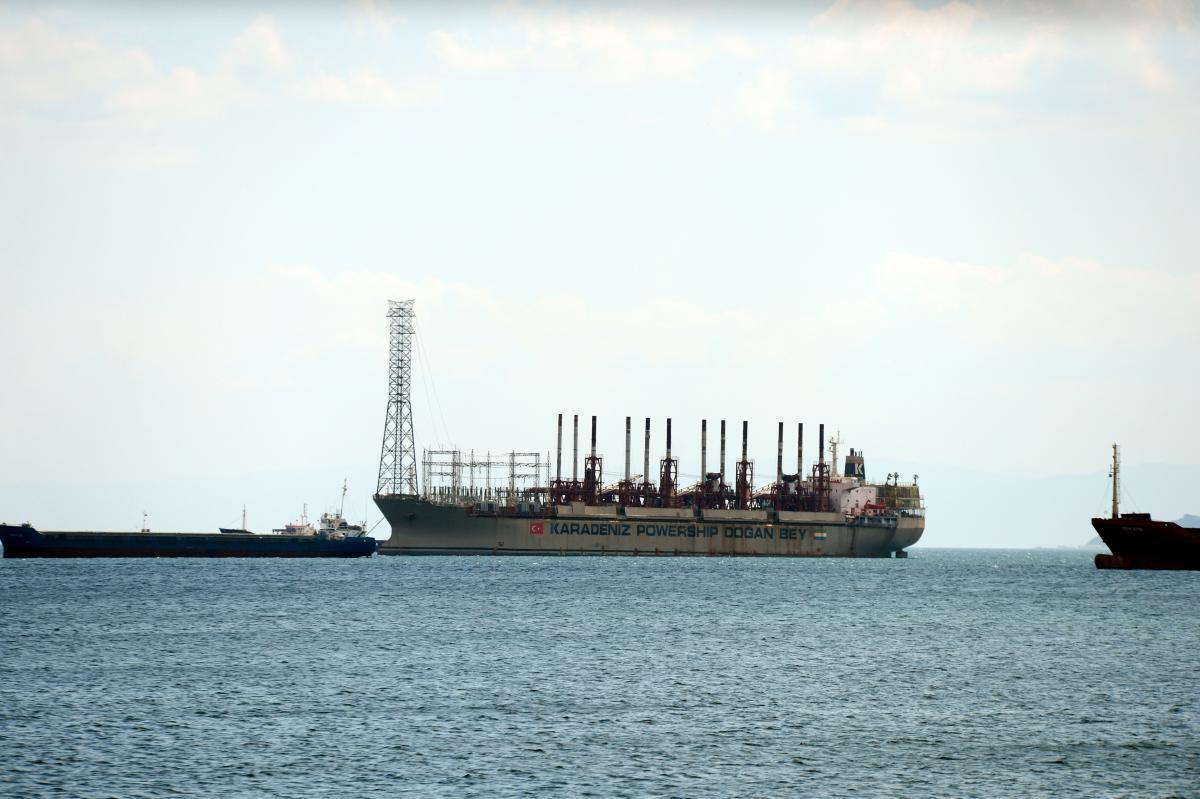 Yüzen Enerji Santrali İstanbul'da - Resim: 1