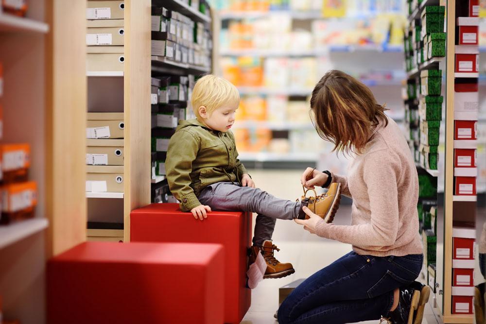 Çocuklar için doğru ayakkabı seçmenin yolları - Resim: 1