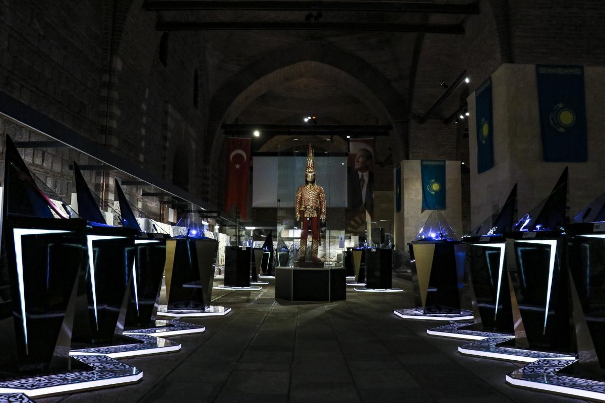 2500 yıllık 'altın adam' Türkiye'de - Resim: 1