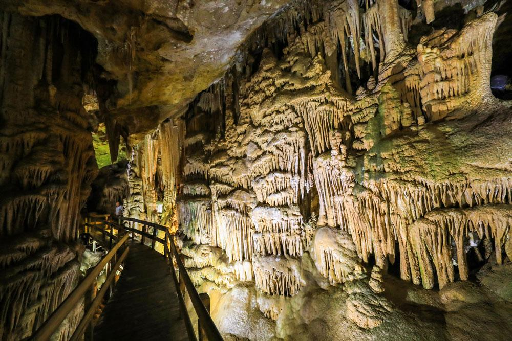 Doğa harikası Karaca Mağarası'na ziyaretçi akını - Resim: 1