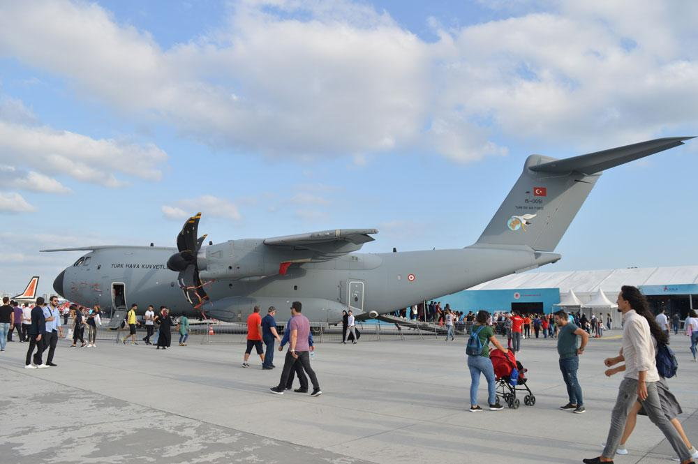 TEKNOFEST'te Airbus A400M uçağı için vatandaşlar kuyruğa girdi - Resim: 1