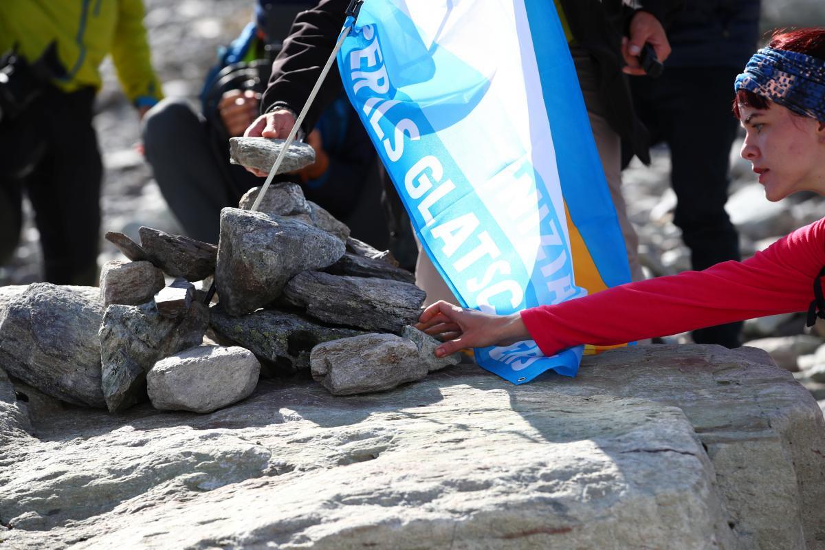 İsviçre'de kayıp buzul için cenaze töreni! - Resim: 4