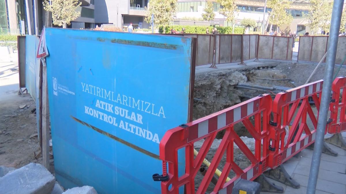 Üsküdar'da asfaltın hemen altından tarihi kalıntılar çıktı - Resim: 1