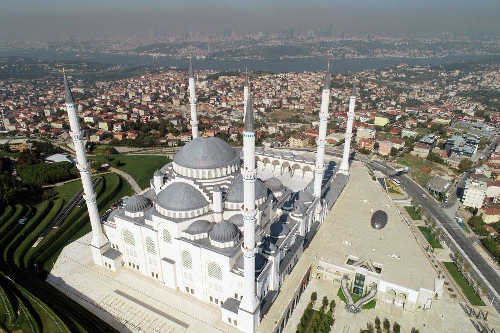 Büyük Çamlıca Camii'ne yoğun ilgi... 7 ayda tam 5 milyon kişi ziyaret etti - Resim: 1