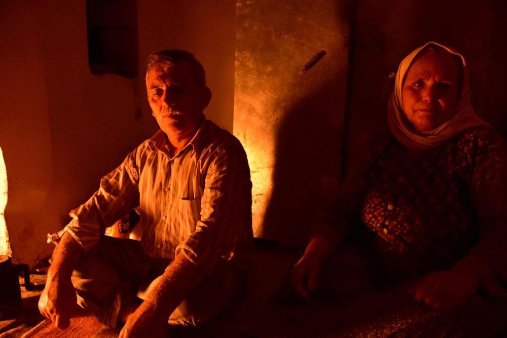 Muğla'da yaşamları 'Taş Devri'nden farksız! Bir asırdır elektrik ve su olmadan yaşıyorlar - Resim: 1