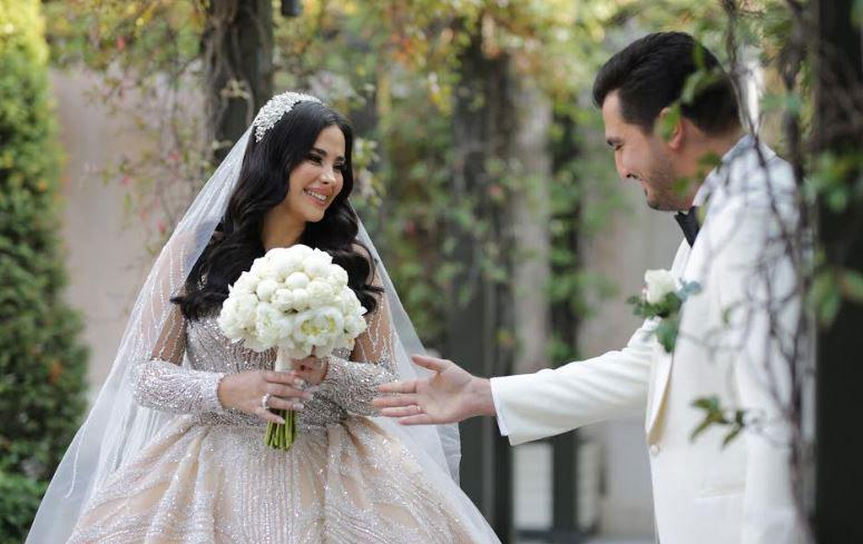 Modacı Gülnur Güneş'in düğününe ünlülerin şıklık yarışı damga vurdu - Resim: 1