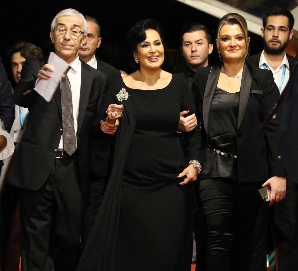 56. Antalya Altın Portakal Film Festivali'nde şıklık yarışı - Resim: 1