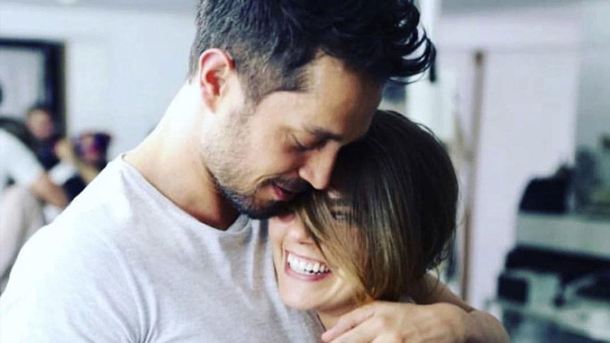 Aslı Enver'den Murat Boz'a anlamlı gönderme! En iyi aşk...